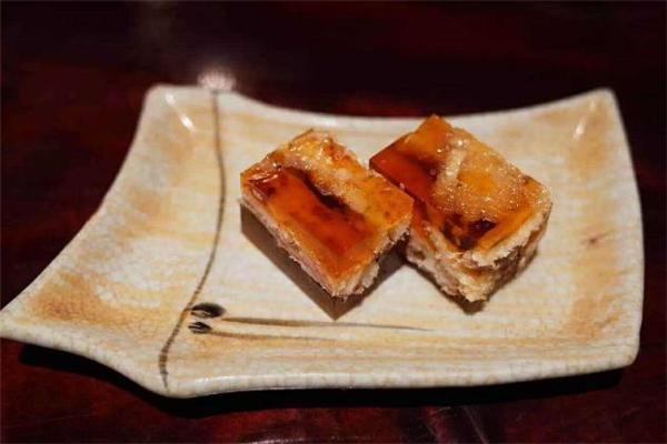 鳗鱼冻的做法 鳗鱼冻可以多吃吗
