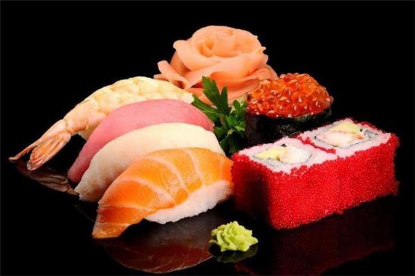 寿司吃多了会怎么样 寿司变硬了可以蒸软吗