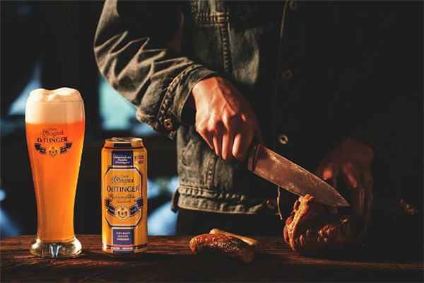 啤酒和红酒哪个热量高 啤酒和红酒哪个容易长胖