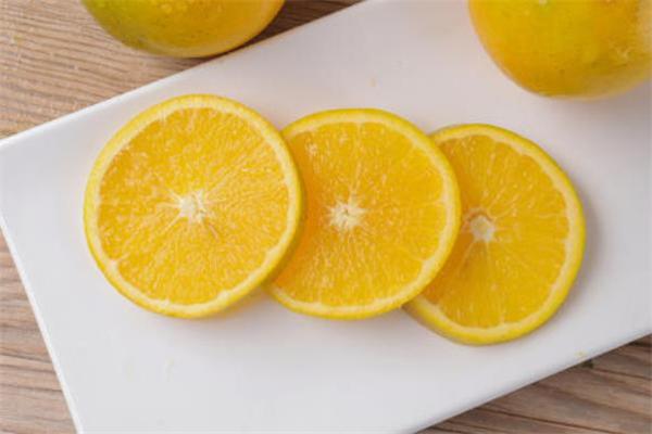 冰糖橙是发物吗 冰糖橙是什么季节的水果