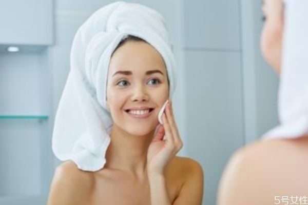 春季皮肤如何保湿 春季皮肤保湿的秘诀