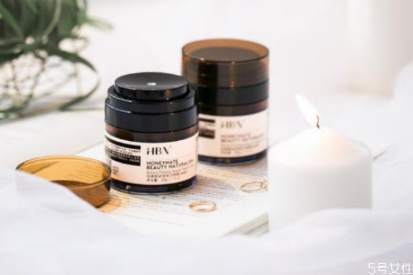 hbn视黄醇紧塑赋活晚霜好用吗 hbn护肤品是哪国的