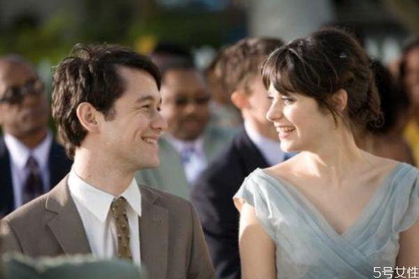 情侣夫妻之间爱情失色 简单方法重燃爱的火花