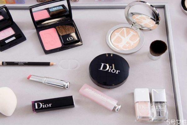 迪奥化妆品生产日期怎么看 迪奥化妆品保质期怎么看