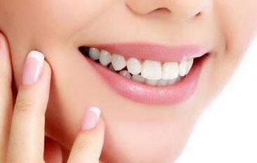 洗牙后多久可以吃东西 洗牙后可以用电动牙刷吗