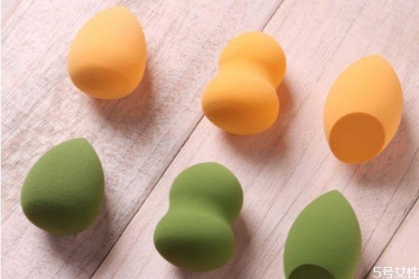 美妆蛋除了涂粉底液还可以干什么 美妆蛋的具体使用方法