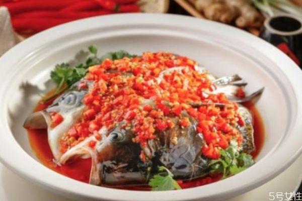 剁椒鱼头怎么做最正宗 剁椒鱼头怎么做好吃