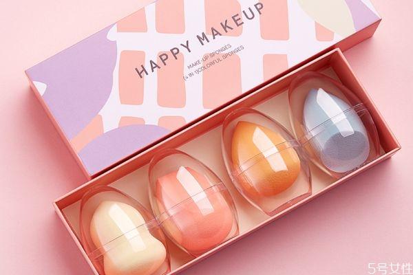 素颜霜可以用美妆蛋吗 美妆蛋可以涂素颜霜吗