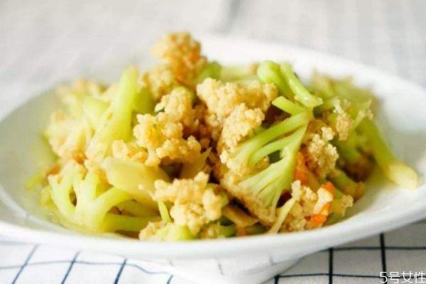 花菜怎么做好吃 花菜的简单做法有什么