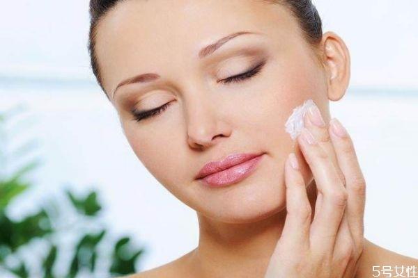 早上护肤下午可以直接化妆吗 化妆之前为什么要护肤