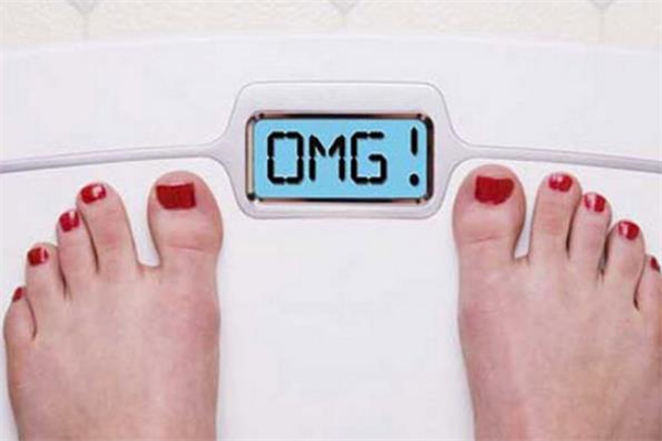 水肿型肥胖是湿气重吗 湿气重会导致水肿型肥胖吗