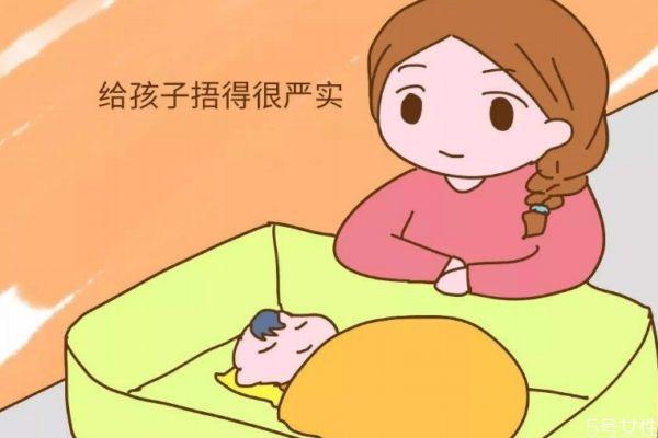 婴儿怕冷还是怕热 新生儿如何护理