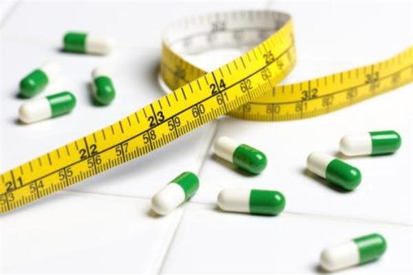 减肥期间大吃一顿会胖吗 减肥期间大吃一顿怎么补救
