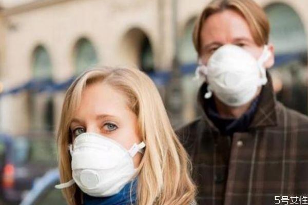 长时间戴口罩对皮肤的影响 戴口罩应该怎么护肤