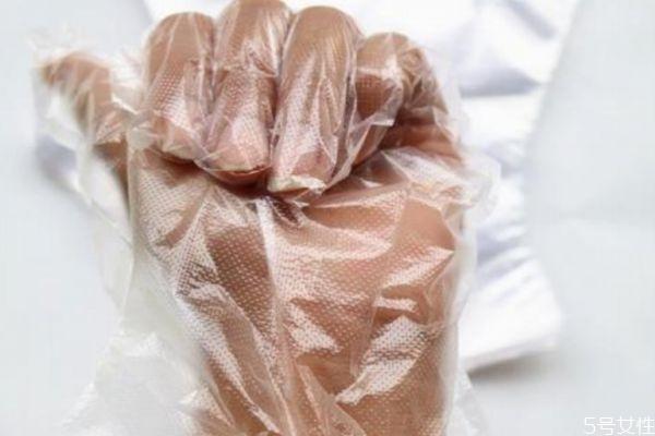 一次性手套有什么好处 一次性手套什么材质好