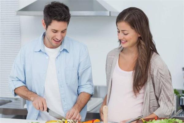 中年夫妻怎么经营婚姻 中年夫妻如何增进感情