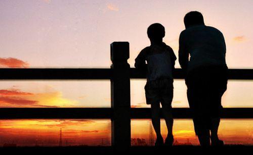 父子关系不好怎么办 父亲怎样和孩子沟通