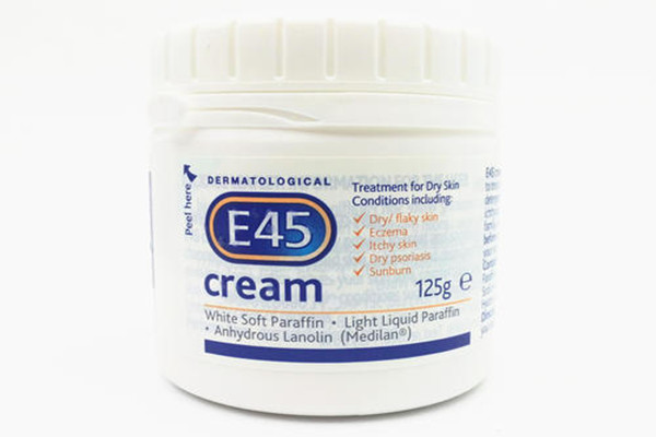 英国e45保湿面霜补水效果好吗 英国e45保湿面霜适合什么肤质