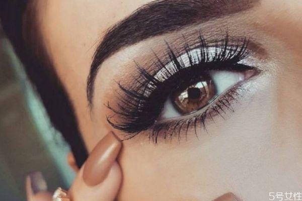 欧美眼妆怎么画 画欧美眼妆要注意什么