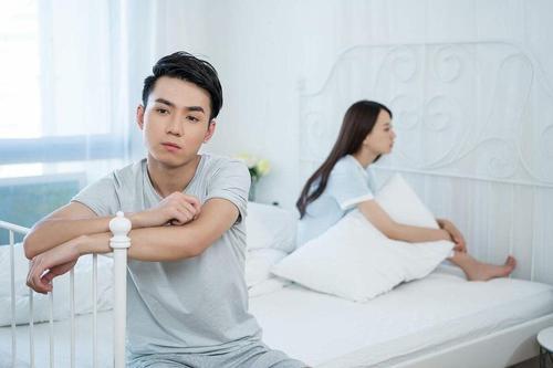 冷暴力是什么 婚姻中的冷暴力怎么解决