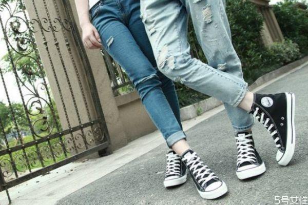 帆布鞋搭配什么裤子 帆布鞋裤子搭配大盘点