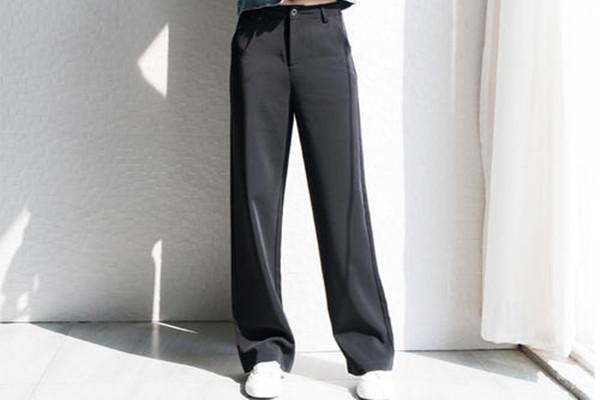 拖地裤适合矮个子吗 拖地裤挑人吗