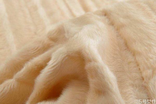 什么是水貂绒 真水貂绒和假水貂绒的区别