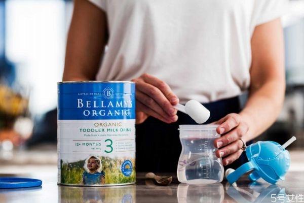 贝拉米奶粉来自哪里 贝拉米奶粉和a2奶粉哪个好