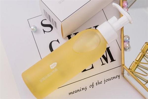 逐本卸妆油怎么打开 逐本卸妆油怎么用