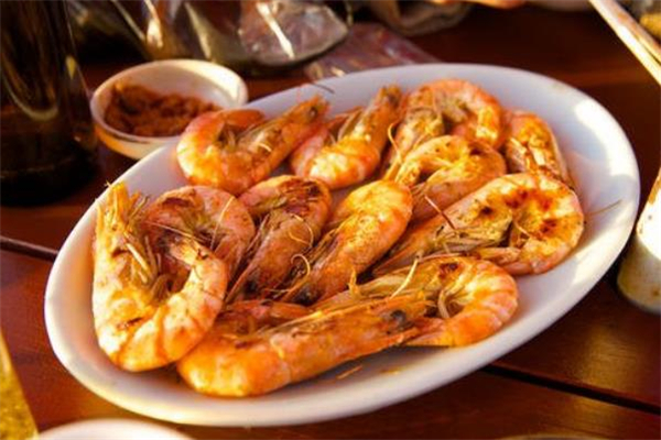 明虾可以减肥吗 减肥可以吃明虾吗