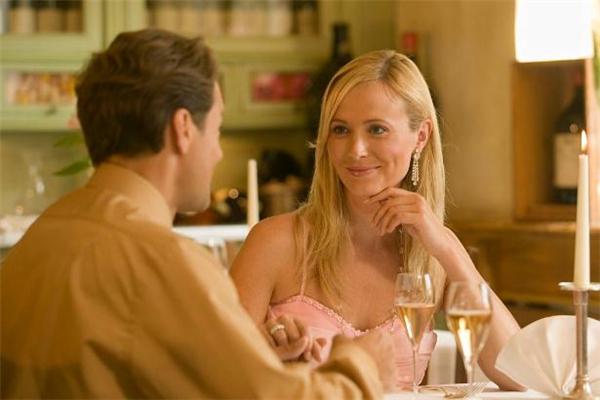 老公对老婆撒谎意味着什么 老公对老婆撒谎是为什么