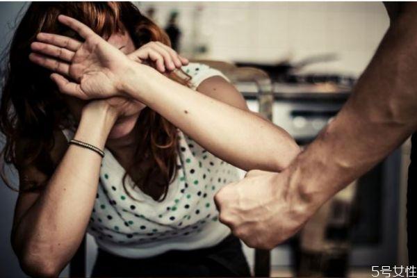 家暴可以容忍吗 应该怎么看待家暴
