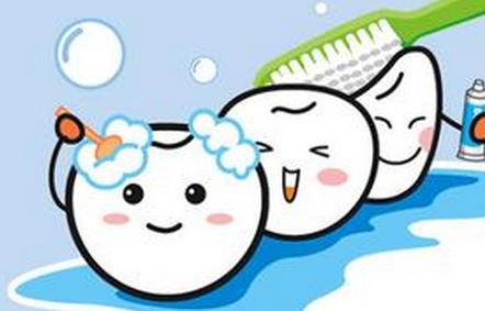 频繁洗牙对牙齿的坏处 电动牙刷的坏处