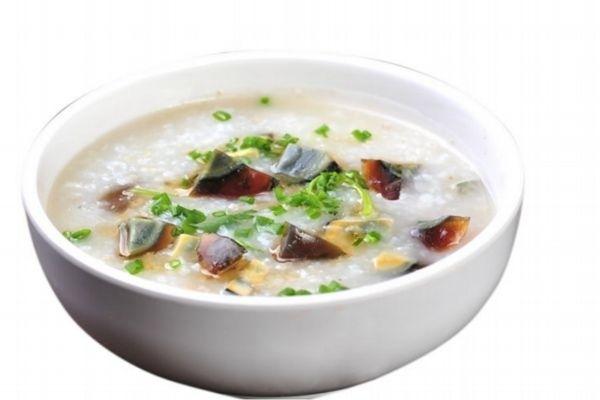 皮蛋瘦肉粥怎么做好吃 皮蛋瘦肉粥的简单做法