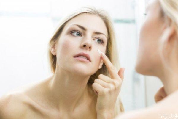 二氧化钛需要卸妆吗 二氧化钛孕妇可以用吗