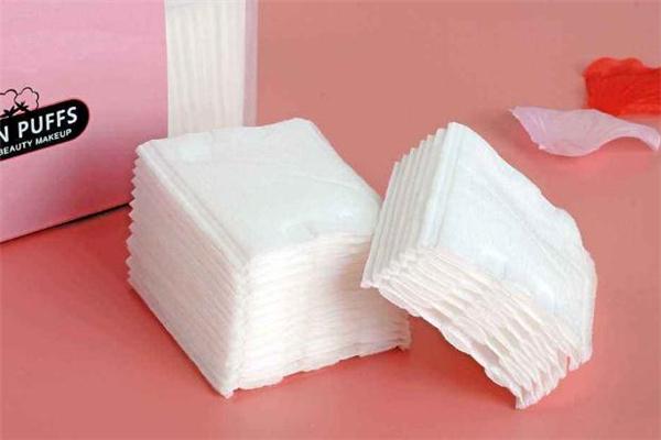 卸妆棉是什么材质 卸妆棉是一次性的吗