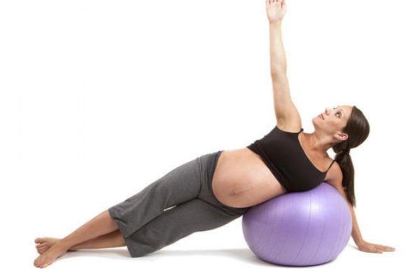 孕晚期可以做瑜伽吗 孕晚期需要做瑜伽吗
