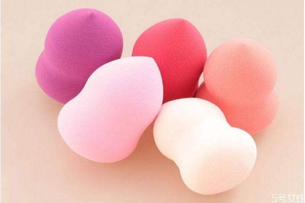 美妆蛋可不可以用卸妆水清洗 美妆蛋用卸妆水怎么清洗