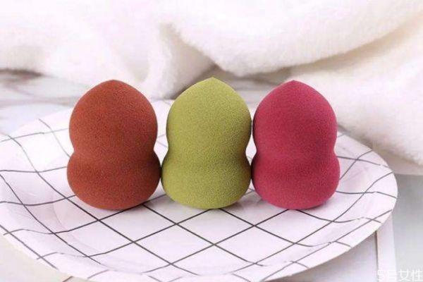 <font color='red'>上隔离美妆蛋要打湿吗</font> 美妆蛋的正确使用方法 美妆蛋涂隔离需要打湿吗