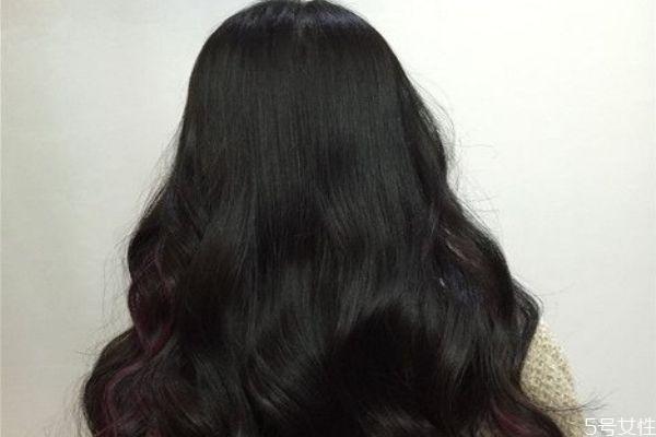 卷发棒卷头发后怎么打理 卷发棒卷头发后怎么定型