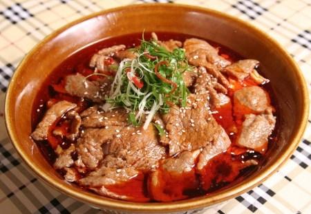 水煮牛肉用火锅底料好吃吗 用火锅底料怎么做水煮牛肉