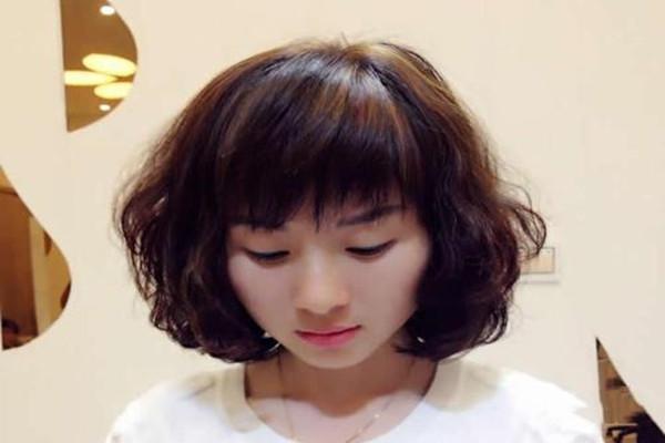 女生什么样的发型不好看 女生什么样的发型土