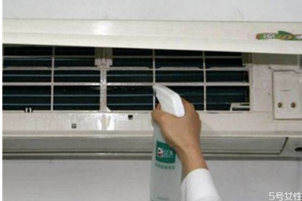 空调应该怎么清洗 清洗空调的正确方法