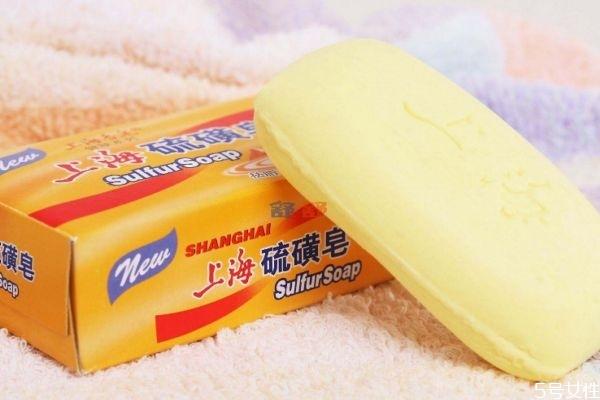 硫磺皂洗脸的好处与坏处 使用硫磺皂的注意事项