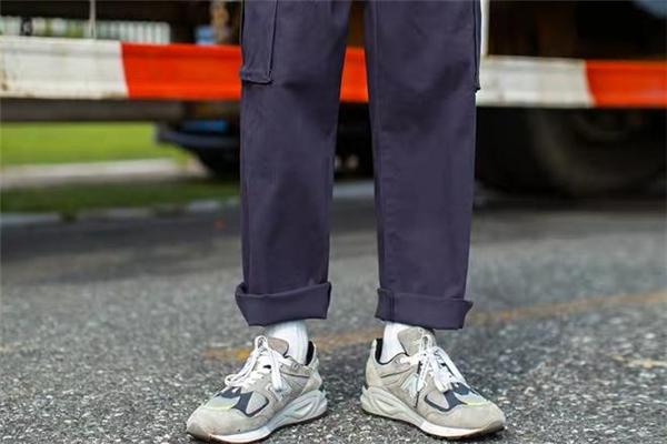 直筒裤配什么鞋子好看 直筒裤怎么搭配鞋子