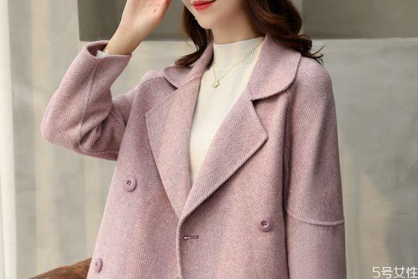 毛呢大衣可以用蒸汽熨烫吗 毛呢大衣怎么洗