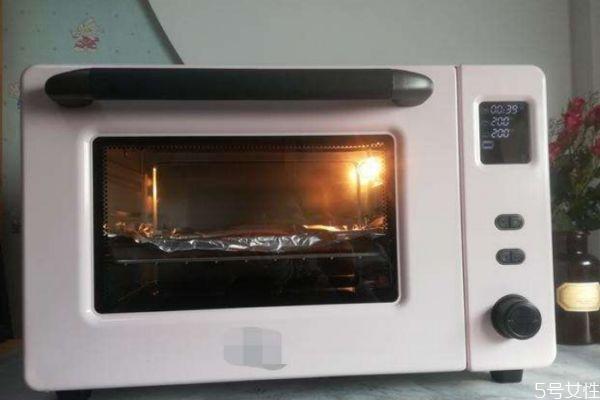 鸡排可以用烤箱烤吗 烤箱可以做鸡排吗