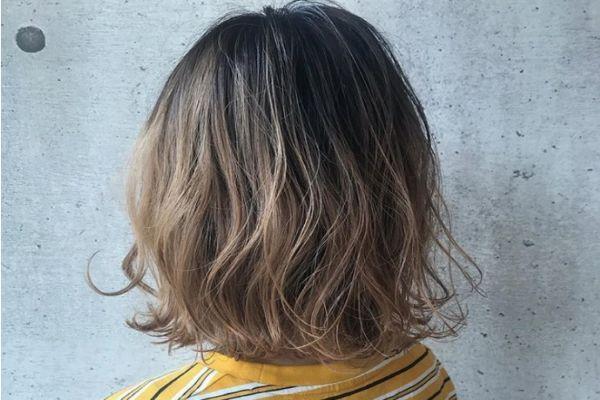 泡泡染发剂用剩下的可以第二次用吗 泡泡染发需要多长时间