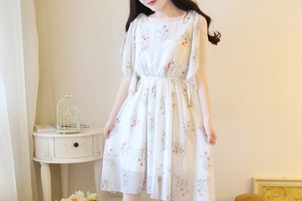雪纺长连衣裙怎么搭配外套 雪纺长连衣裙搭配外套方法