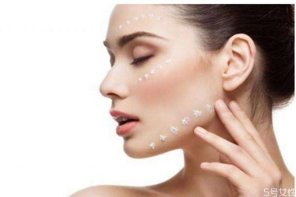 皮肤毛孔粗大的原因 为什么皮肤毛孔会粗大